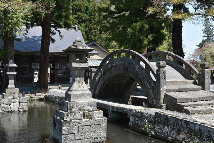 神様が渡る橋.jpg