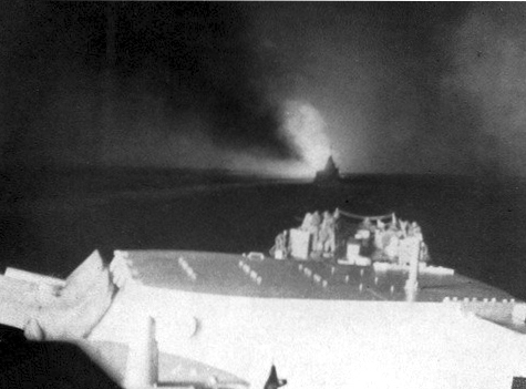 View_forward_from_USS_Columbia_(CL-56)_during_Battle_of_Empress_Augusta_Bay_1943.jpg
